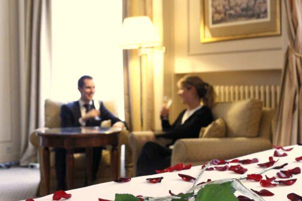 chambre junior pétales roses
